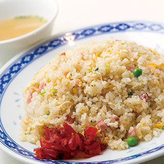 "Chinese restaurant Shoichi ""Yakimeshi (fried rice) (with soup)"""